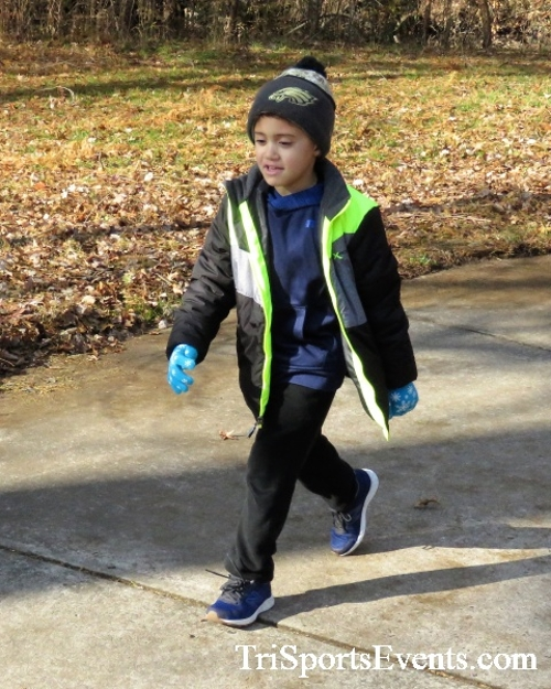 Share the Holiday Spirit 5K Run/Walk<br><br><br><br><a href='http://www.trisportsevents.com/pics/IMG_6421.JPG' download='IMG_6421.JPG'>Click here to download.</a><Br><a href='http://www.facebook.com/sharer.php?u=http:%2F%2Fwww.trisportsevents.com%2Fpics%2FIMG_6421.JPG&t=Share the Holiday Spirit 5K Run/Walk' target='_blank'><img src='images/fb_share.png' width='100'></a>
