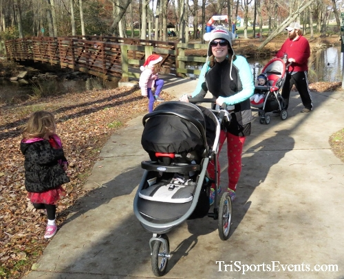 Share the Holiday Spirit 5K Run/Walk<br><br><br><br><a href='https://www.trisportsevents.com/pics/IMG_6425.JPG' download='IMG_6425.JPG'>Click here to download.</a><Br><a href='http://www.facebook.com/sharer.php?u=http:%2F%2Fwww.trisportsevents.com%2Fpics%2FIMG_6425.JPG&t=Share the Holiday Spirit 5K Run/Walk' target='_blank'><img src='images/fb_share.png' width='100'></a>