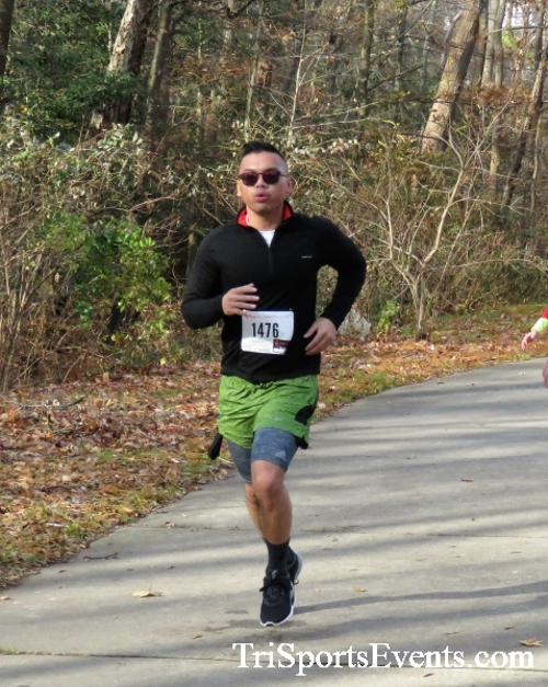 Share the Holiday Spirit 5K Run/Walk<br><br><br><br><a href='https://www.trisportsevents.com/pics/IMG_6456.JPG' download='IMG_6456.JPG'>Click here to download.</a><Br><a href='http://www.facebook.com/sharer.php?u=http:%2F%2Fwww.trisportsevents.com%2Fpics%2FIMG_6456.JPG&t=Share the Holiday Spirit 5K Run/Walk' target='_blank'><img src='images/fb_share.png' width='100'></a>