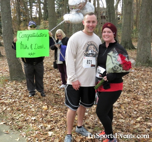 Share the Holiday Spirit 5K Run/Walk<br><br><br><br><a href='http://www.trisportsevents.com/pics/IMG_6565.JPG' download='IMG_6565.JPG'>Click here to download.</a><Br><a href='http://www.facebook.com/sharer.php?u=http:%2F%2Fwww.trisportsevents.com%2Fpics%2FIMG_6565.JPG&t=Share the Holiday Spirit 5K Run/Walk' target='_blank'><img src='images/fb_share.png' width='100'></a>