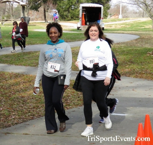 Heart & Sole 5K Run/Walk<br><br><br><br><a href='http://www.trisportsevents.com/pics/IMG_6604.JPG' download='IMG_6604.JPG'>Click here to download.</a><Br><a href='http://www.facebook.com/sharer.php?u=http:%2F%2Fwww.trisportsevents.com%2Fpics%2FIMG_6604.JPG&t=Heart & Sole 5K Run/Walk' target='_blank'><img src='images/fb_share.png' width='100'></a>