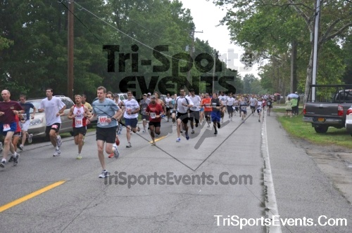 34th Chestertown Tea Party 10 Mile Run<br><br><br><br><a href='https://www.trisportsevents.com/pics/pic0018.JPG' download='pic0018.JPG'>Click here to download.</a><Br><a href='http://www.facebook.com/sharer.php?u=http:%2F%2Fwww.trisportsevents.com%2Fpics%2Fpic0018.JPG&t=34th Chestertown Tea Party 10 Mile Run' target='_blank'><img src='images/fb_share.png' width='100'></a>