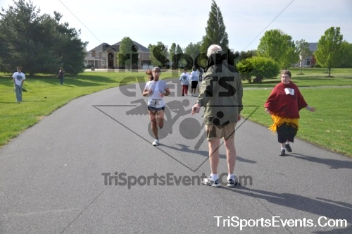 10th ARC 5K Run/Walk<br><br><br><br><a href='http://www.trisportsevents.com/pics/pic0021.JPG' download='pic0021.JPG'>Click here to download.</a><Br><a href='http://www.facebook.com/sharer.php?u=http:%2F%2Fwww.trisportsevents.com%2Fpics%2Fpic0021.JPG&t=10th ARC 5K Run/Walk' target='_blank'><img src='images/fb_share.png' width='100'></a>