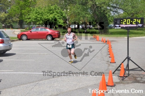 5K Run/Walk For Mom<br><br><br><br><a href='http://www.trisportsevents.com/pics/pic0023.JPG' download='pic0023.JPG'>Click here to download.</a><Br><a href='http://www.facebook.com/sharer.php?u=http:%2F%2Fwww.trisportsevents.com%2Fpics%2Fpic0023.JPG&t=5K Run/Walk For Mom' target='_blank'><img src='images/fb_share.png' width='100'></a>