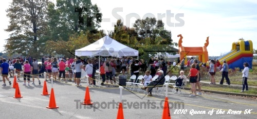 3rd Queen of The Roses 5K Run/Walk<br><br><br><br><a href='https://www.trisportsevents.com/pics/pic00422.JPG' download='pic00422.JPG'>Click here to download.</a><Br><a href='http://www.facebook.com/sharer.php?u=http:%2F%2Fwww.trisportsevents.com%2Fpics%2Fpic00422.JPG&t=3rd Queen of The Roses 5K Run/Walk' target='_blank'><img src='images/fb_share.png' width='100'></a>