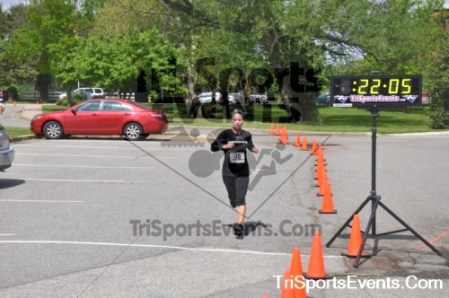 5K Run/Walk For Mom<br><br><br><br><a href='http://www.trisportsevents.com/pics/pic0043.JPG' download='pic0043.JPG'>Click here to download.</a><Br><a href='http://www.facebook.com/sharer.php?u=http:%2F%2Fwww.trisportsevents.com%2Fpics%2Fpic0043.JPG&t=5K Run/Walk For Mom' target='_blank'><img src='images/fb_share.png' width='100'></a>