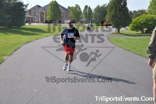 10th ARC 5K Run/Walk<br><br><br><br><a href='https://www.trisportsevents.com/pics/pic0082.JPG' download='pic0082.JPG'>Click here to download.</a><Br><a href='http://www.facebook.com/sharer.php?u=http:%2F%2Fwww.trisportsevents.com%2Fpics%2Fpic0082.JPG&t=10th ARC 5K Run/Walk' target='_blank'><img src='images/fb_share.png' width='100'></a>