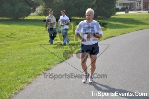 10th ARC 5K Run/Walk<br><br><br><br><a href='http://www.trisportsevents.com/pics/pic0182.JPG' download='pic0182.JPG'>Click here to download.</a><Br><a href='http://www.facebook.com/sharer.php?u=http:%2F%2Fwww.trisportsevents.com%2Fpics%2Fpic0182.JPG&t=10th ARC 5K Run/Walk' target='_blank'><img src='images/fb_share.png' width='100'></a>