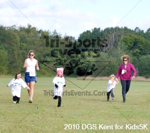 DGS - Kent for Kids 5K Run/Walk & Pushups for Charity<br><br><br><br><a href='https://www.trisportsevents.com/pics/pic01822.JPG' download='pic01822.JPG'>Click here to download.</a><Br><a href='http://www.facebook.com/sharer.php?u=http:%2F%2Fwww.trisportsevents.com%2Fpics%2Fpic01822.JPG&t=DGS - Kent for Kids 5K Run/Walk & Pushups for Charity' target='_blank'><img src='images/fb_share.png' width='100'></a>