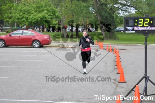 5K Run/Walk For Mom<br><br><br><br><a href='http://www.trisportsevents.com/pics/pic0184.JPG' download='pic0184.JPG'>Click here to download.</a><Br><a href='http://www.facebook.com/sharer.php?u=http:%2F%2Fwww.trisportsevents.com%2Fpics%2Fpic0184.JPG&t=5K Run/Walk For Mom' target='_blank'><img src='images/fb_share.png' width='100'></a>
