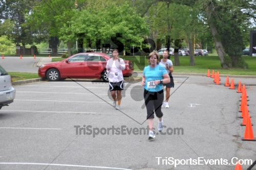 5K Run/Walk For Mom<br><br><br><br><a href='http://www.trisportsevents.com/pics/pic0224.JPG' download='pic0224.JPG'>Click here to download.</a><Br><a href='http://www.facebook.com/sharer.php?u=http:%2F%2Fwww.trisportsevents.com%2Fpics%2Fpic0224.JPG&t=5K Run/Walk For Mom' target='_blank'><img src='images/fb_share.png' width='100'></a>