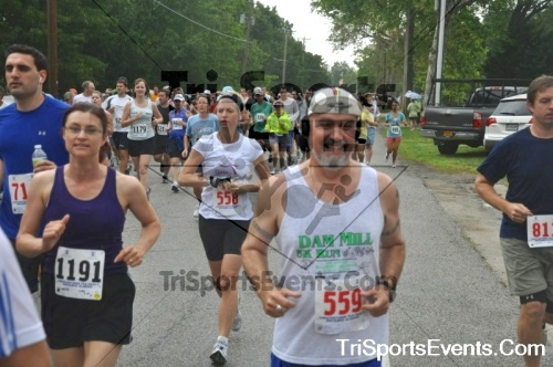 34th Chestertown Tea Party 10 Mile Run<br><br><br><br><a href='https://www.trisportsevents.com/pics/pic0269.JPG' download='pic0269.JPG'>Click here to download.</a><Br><a href='http://www.facebook.com/sharer.php?u=http:%2F%2Fwww.trisportsevents.com%2Fpics%2Fpic0269.JPG&t=34th Chestertown Tea Party 10 Mile Run' target='_blank'><img src='images/fb_share.png' width='100'></a>