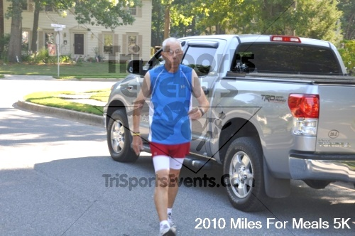 Miles For Meals 5K Run/Walk<br><br><br><br><a href='https://www.trisportsevents.com/pics/pic02815.JPG' download='pic02815.JPG'>Click here to download.</a><Br><a href='http://www.facebook.com/sharer.php?u=http:%2F%2Fwww.trisportsevents.com%2Fpics%2Fpic02815.JPG&t=Miles For Meals 5K Run/Walk' target='_blank'><img src='images/fb_share.png' width='100'></a>