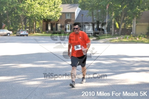 Miles For Meals 5K Run/Walk<br><br><br><br><a href='http://www.trisportsevents.com/pics/pic02915.JPG' download='pic02915.JPG'>Click here to download.</a><Br><a href='http://www.facebook.com/sharer.php?u=http:%2F%2Fwww.trisportsevents.com%2Fpics%2Fpic02915.JPG&t=Miles For Meals 5K Run/Walk' target='_blank'><img src='images/fb_share.png' width='100'></a>