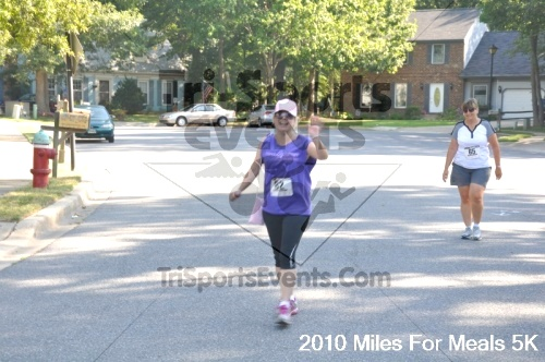 Miles For Meals 5K Run/Walk<br><br><br><br><a href='http://www.trisportsevents.com/pics/pic03015.JPG' download='pic03015.JPG'>Click here to download.</a><Br><a href='http://www.facebook.com/sharer.php?u=http:%2F%2Fwww.trisportsevents.com%2Fpics%2Fpic03015.JPG&t=Miles For Meals 5K Run/Walk' target='_blank'><img src='images/fb_share.png' width='100'></a>