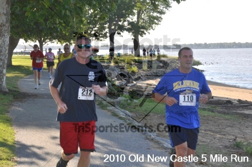 27th Old New Castle 5 Mile Run<br><br><br><br><a href='http://www.trisportsevents.com/pics/pic03115.JPG' download='pic03115.JPG'>Click here to download.</a><Br><a href='http://www.facebook.com/sharer.php?u=http:%2F%2Fwww.trisportsevents.com%2Fpics%2Fpic03115.JPG&t=27th Old New Castle 5 Mile Run' target='_blank'><img src='images/fb_share.png' width='100'></a>