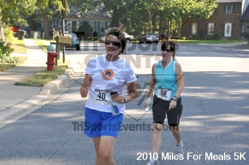 Miles For Meals 5K Run/Walk<br><br><br><br><a href='https://www.trisportsevents.com/pics/pic03412.JPG' download='pic03412.JPG'>Click here to download.</a><Br><a href='http://www.facebook.com/sharer.php?u=http:%2F%2Fwww.trisportsevents.com%2Fpics%2Fpic03412.JPG&t=Miles For Meals 5K Run/Walk' target='_blank'><img src='images/fb_share.png' width='100'></a>