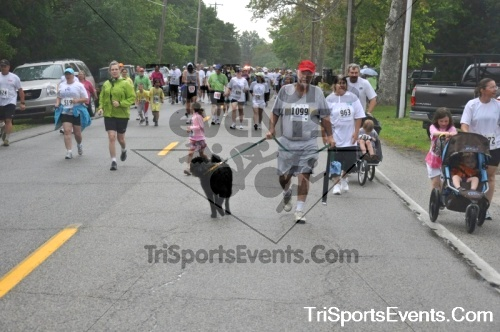 34th Chestertown Tea Party 5K Run/Walk<br><br><br><br><a href='http://www.trisportsevents.com/pics/pic0358.JPG' download='pic0358.JPG'>Click here to download.</a><Br><a href='http://www.facebook.com/sharer.php?u=http:%2F%2Fwww.trisportsevents.com%2Fpics%2Fpic0358.JPG&t=34th Chestertown Tea Party 5K Run/Walk' target='_blank'><img src='images/fb_share.png' width='100'></a>