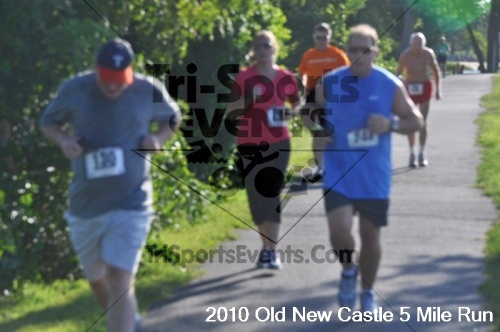 27th Old New Castle 5 Mile Run<br><br><br><br><a href='https://www.trisportsevents.com/pics/pic03715.JPG' download='pic03715.JPG'>Click here to download.</a><Br><a href='http://www.facebook.com/sharer.php?u=http:%2F%2Fwww.trisportsevents.com%2Fpics%2Fpic03715.JPG&t=27th Old New Castle 5 Mile Run' target='_blank'><img src='images/fb_share.png' width='100'></a>