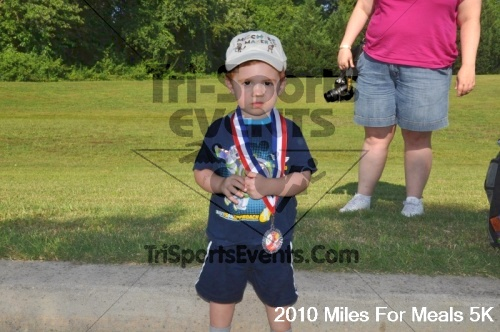 Miles For Meals 5K Run/Walk<br><br><br><br><a href='http://www.trisportsevents.com/pics/pic04311.JPG' download='pic04311.JPG'>Click here to download.</a><Br><a href='http://www.facebook.com/sharer.php?u=http:%2F%2Fwww.trisportsevents.com%2Fpics%2Fpic04311.JPG&t=Miles For Meals 5K Run/Walk' target='_blank'><img src='images/fb_share.png' width='100'></a>