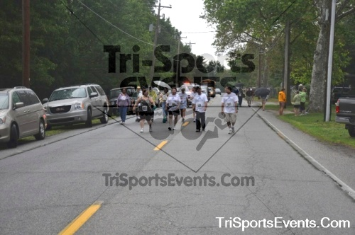 34th Chestertown Tea Party 10 Mile Run<br><br><br><br><a href='http://www.trisportsevents.com/pics/pic0486.JPG' download='pic0486.JPG'>Click here to download.</a><Br><a href='http://www.facebook.com/sharer.php?u=http:%2F%2Fwww.trisportsevents.com%2Fpics%2Fpic0486.JPG&t=34th Chestertown Tea Party 10 Mile Run' target='_blank'><img src='images/fb_share.png' width='100'></a>