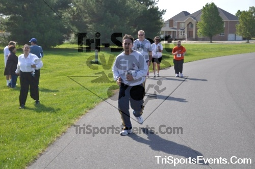 10th ARC 5K Run/Walk<br><br><br><br><a href='http://www.trisportsevents.com/pics/pic0491.JPG' download='pic0491.JPG'>Click here to download.</a><Br><a href='http://www.facebook.com/sharer.php?u=http:%2F%2Fwww.trisportsevents.com%2Fpics%2Fpic0491.JPG&t=10th ARC 5K Run/Walk' target='_blank'><img src='images/fb_share.png' width='100'></a>