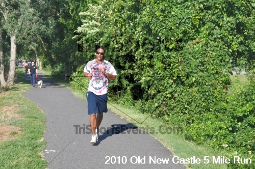 27th Old New Castle 5 Mile Run<br><br><br><br><a href='https://www.trisportsevents.com/pics/pic05610.JPG' download='pic05610.JPG'>Click here to download.</a><Br><a href='http://www.facebook.com/sharer.php?u=http:%2F%2Fwww.trisportsevents.com%2Fpics%2Fpic05610.JPG&t=27th Old New Castle 5 Mile Run' target='_blank'><img src='images/fb_share.png' width='100'></a>