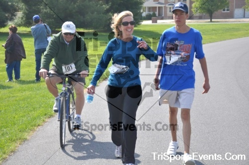 10th ARC 5K Run/Walk<br><br><br><br><a href='http://www.trisportsevents.com/pics/pic0591.JPG' download='pic0591.JPG'>Click here to download.</a><Br><a href='http://www.facebook.com/sharer.php?u=http:%2F%2Fwww.trisportsevents.com%2Fpics%2Fpic0591.JPG&t=10th ARC 5K Run/Walk' target='_blank'><img src='images/fb_share.png' width='100'></a>