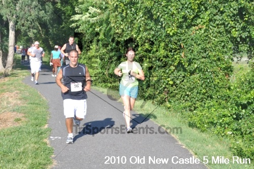 27th Old New Castle 5 Mile Run<br><br><br><br><a href='https://www.trisportsevents.com/pics/pic05910.JPG' download='pic05910.JPG'>Click here to download.</a><Br><a href='http://www.facebook.com/sharer.php?u=http:%2F%2Fwww.trisportsevents.com%2Fpics%2Fpic05910.JPG&t=27th Old New Castle 5 Mile Run' target='_blank'><img src='images/fb_share.png' width='100'></a>