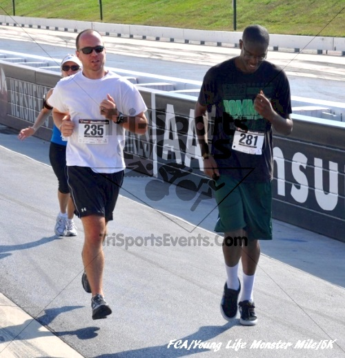 FCA/Young Life Monster Mile & 5K Run/Walk<br><br><br><br><a href='https://www.trisportsevents.com/pics/pic06115.JPG' download='pic06115.JPG'>Click here to download.</a><Br><a href='http://www.facebook.com/sharer.php?u=http:%2F%2Fwww.trisportsevents.com%2Fpics%2Fpic06115.JPG&t=FCA/Young Life Monster Mile & 5K Run/Walk' target='_blank'><img src='images/fb_share.png' width='100'></a>