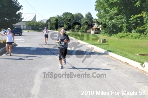 Miles For Meals 5K Run/Walk<br><br><br><br><a href='http://www.trisportsevents.com/pics/pic0708.JPG' download='pic0708.JPG'>Click here to download.</a><Br><a href='http://www.facebook.com/sharer.php?u=http:%2F%2Fwww.trisportsevents.com%2Fpics%2Fpic0708.JPG&t=Miles For Meals 5K Run/Walk' target='_blank'><img src='images/fb_share.png' width='100'></a>