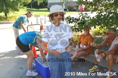 Miles For Meals 5K Run/Walk<br><br><br><br><a href='http://www.trisportsevents.com/pics/pic0786.JPG' download='pic0786.JPG'>Click here to download.</a><Br><a href='http://www.facebook.com/sharer.php?u=http:%2F%2Fwww.trisportsevents.com%2Fpics%2Fpic0786.JPG&t=Miles For Meals 5K Run/Walk' target='_blank'><img src='images/fb_share.png' width='100'></a>