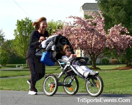10th ARC 5K Run/Walk<br><br><br><br><a href='http://www.trisportsevents.com/pics/pic079.jpg' download='pic079.jpg'>Click here to download.</a><Br><a href='http://www.facebook.com/sharer.php?u=http:%2F%2Fwww.trisportsevents.com%2Fpics%2Fpic079.jpg&t=10th ARC 5K Run/Walk' target='_blank'><img src='images/fb_share.png' width='100'></a>