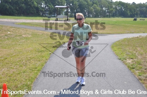 Milford Boys & Girls Club Be Great 5K Run/Walk<br><br><br><br><a href='http://www.trisportsevents.com/pics/pic0865.JPG' download='pic0865.JPG'>Click here to download.</a><Br><a href='http://www.facebook.com/sharer.php?u=http:%2F%2Fwww.trisportsevents.com%2Fpics%2Fpic0865.JPG&t=Milford Boys & Girls Club Be Great 5K Run/Walk' target='_blank'><img src='images/fb_share.png' width='100'></a>