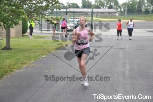 Dover Air Force Base Heritage Half Marathon & 5K Run/Walk<br><br><br><br><a href='http://www.trisportsevents.com/pics/pic0982.JPG' download='pic0982.JPG'>Click here to download.</a><Br><a href='http://www.facebook.com/sharer.php?u=http:%2F%2Fwww.trisportsevents.com%2Fpics%2Fpic0982.JPG&t=Dover Air Force Base Heritage Half Marathon & 5K Run/Walk' target='_blank'><img src='images/fb_share.png' width='100'></a>