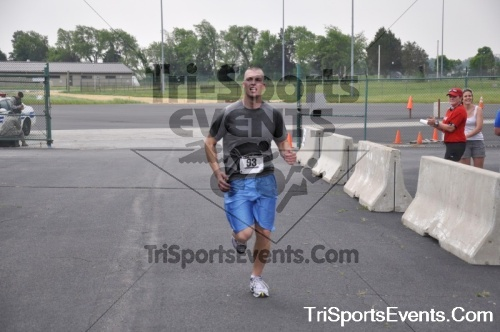 Dover Air Force Base Heritage Half Marathon & 5K Run/Walk<br><br><br><br><a href='http://www.trisportsevents.com/pics/pic1002.JPG' download='pic1002.JPG'>Click here to download.</a><Br><a href='http://www.facebook.com/sharer.php?u=http:%2F%2Fwww.trisportsevents.com%2Fpics%2Fpic1002.JPG&t=Dover Air Force Base Heritage Half Marathon & 5K Run/Walk' target='_blank'><img src='images/fb_share.png' width='100'></a>