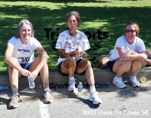 Race to Erase MS 5K Run/Walk<br><br><br><br><a href='http://www.trisportsevents.com/pics/pic1173.JPG' download='pic1173.JPG'>Click here to download.</a><Br><a href='http://www.facebook.com/sharer.php?u=http:%2F%2Fwww.trisportsevents.com%2Fpics%2Fpic1173.JPG&t=Race to Erase MS 5K Run/Walk' target='_blank'><img src='images/fb_share.png' width='100'></a>