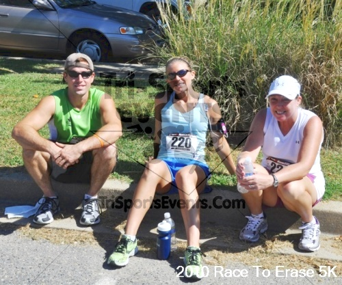 Race to Erase MS 5K Run/Walk<br><br><br><br><a href='http://www.trisportsevents.com/pics/pic1192.JPG' download='pic1192.JPG'>Click here to download.</a><Br><a href='http://www.facebook.com/sharer.php?u=http:%2F%2Fwww.trisportsevents.com%2Fpics%2Fpic1192.JPG&t=Race to Erase MS 5K Run/Walk' target='_blank'><img src='images/fb_share.png' width='100'></a>