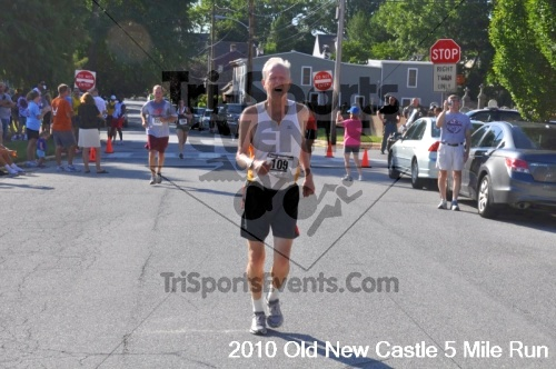 27th Old New Castle 5 Mile Run<br><br><br><br><a href='https://www.trisportsevents.com/pics/pic1251.JPG' download='pic1251.JPG'>Click here to download.</a><Br><a href='http://www.facebook.com/sharer.php?u=http:%2F%2Fwww.trisportsevents.com%2Fpics%2Fpic1251.JPG&t=27th Old New Castle 5 Mile Run' target='_blank'><img src='images/fb_share.png' width='100'></a>