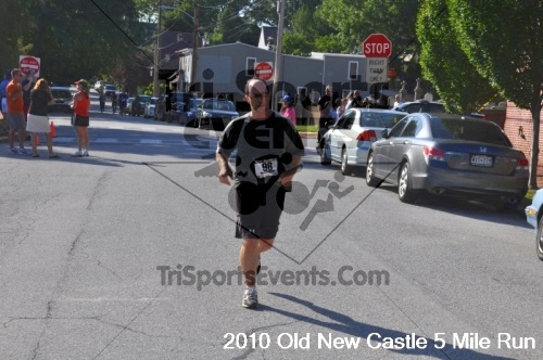 27th Old New Castle 5 Mile Run<br><br><br><br><a href='https://www.trisportsevents.com/pics/pic1271.JPG' download='pic1271.JPG'>Click here to download.</a><Br><a href='http://www.facebook.com/sharer.php?u=http:%2F%2Fwww.trisportsevents.com%2Fpics%2Fpic1271.JPG&t=27th Old New Castle 5 Mile Run' target='_blank'><img src='images/fb_share.png' width='100'></a>